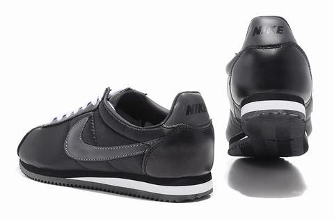 online store 22f47 03255 ... shop nike cortez blue ragnike cortez leather pas aeedc 48901